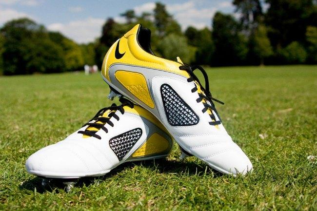 Vælg det rigtige par fodboldstøvler